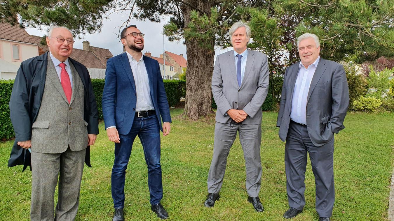 Stéphane Le Fol est venu soutenir le candidat socialiste, accompagné de Dominique Dupilet et de Frédéric Cuvillier.
