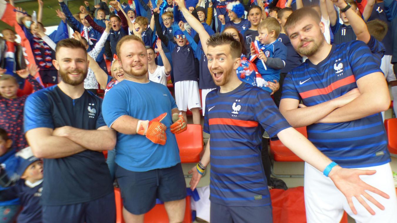 Le clip de « Allez les Bleus, allez » sera mis en ligne dès le vendredi 4 juin, soit une semaine avant le début de l'Euro.