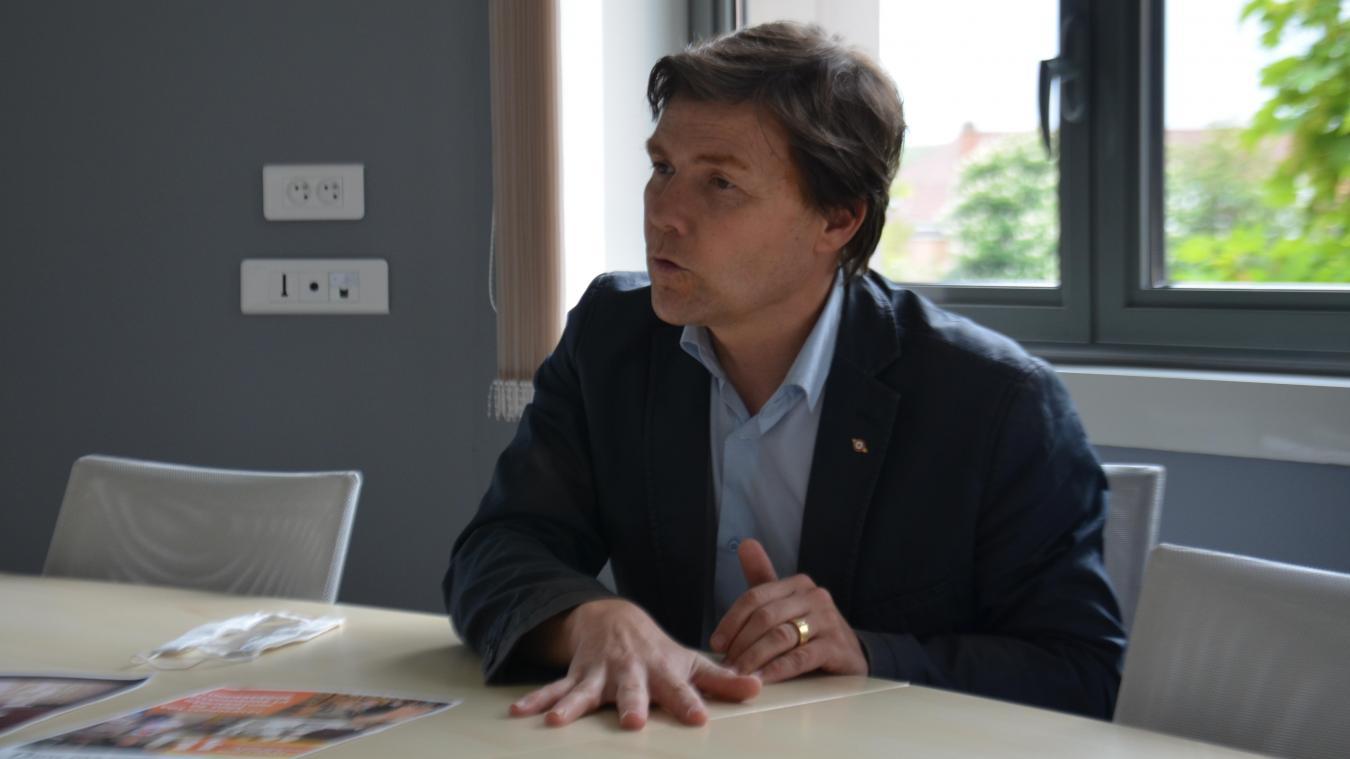 David Bailleul, le maire de Coudekerque-Branche, a détaillé son plan de relance pour sa ville avec notamment des bons d'achat pour les habitants, des places de cinéma à 1 euro et une augmentation du nombre d'emplois saisonniers.