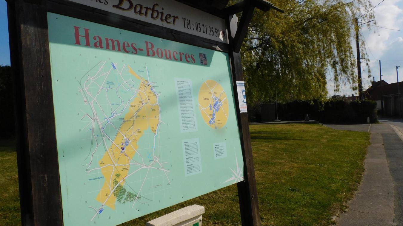 D'une superficie de 12,82 km², Hames-Boucres souhaite être fleurie plus jamais.