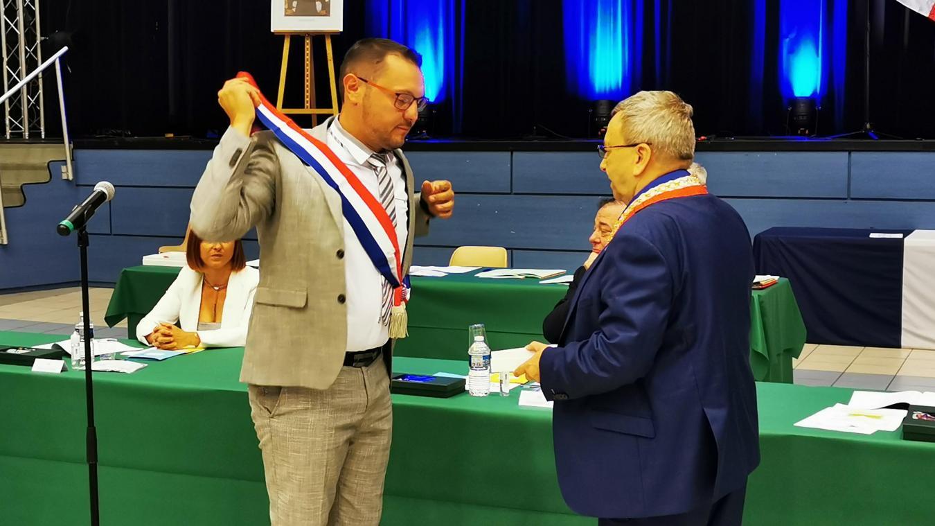 En juillet 2020, Christophe Claeys devenait le premier adjoint de Jean-Pierre Clicq. Ce vendredi, c'est l'écharpe de maire délégué qu'il devrait enfiler.