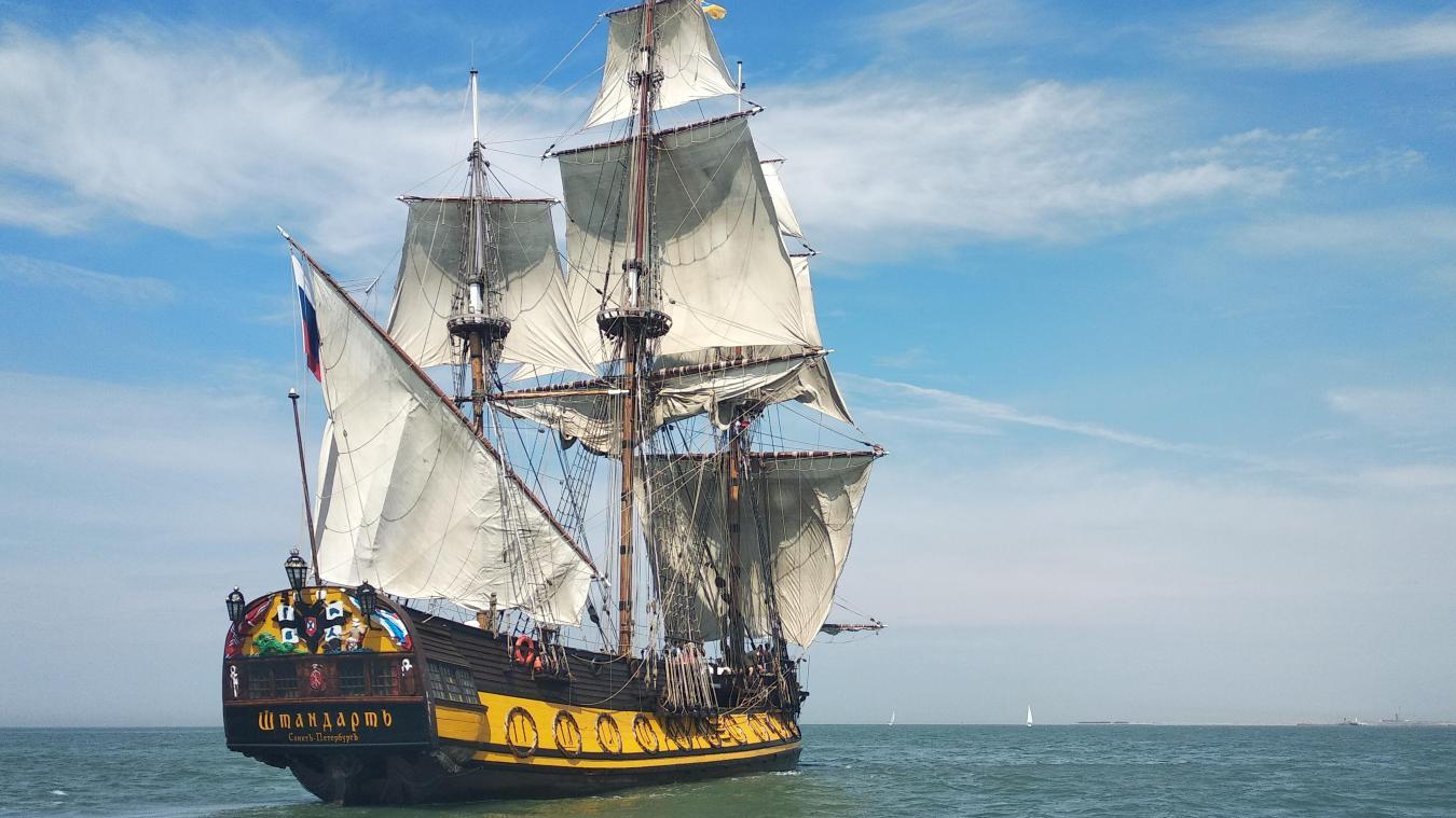 L'année dernière, la frégate avait fait escale au port de Calais les 28 et 29 juin.