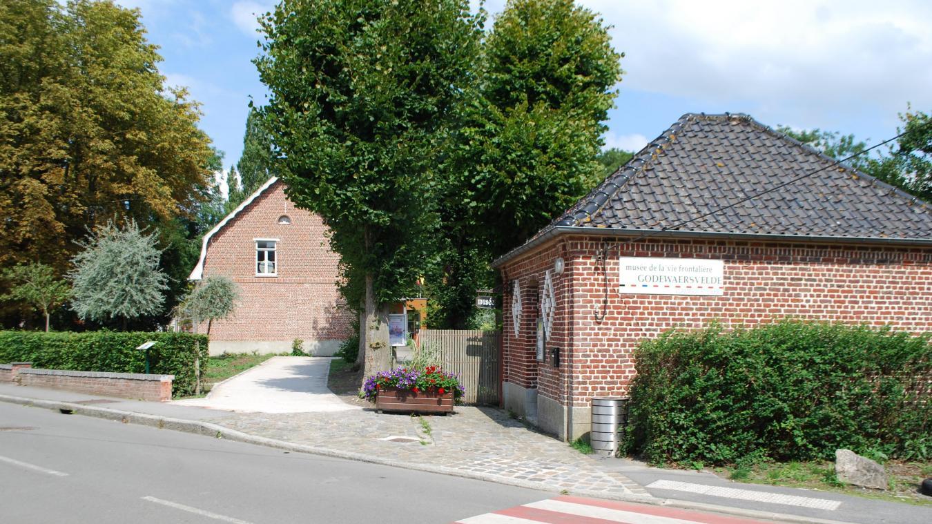 L'association de théâtre les Amats en scène de Godewaersvelde organisent des ballades contées !