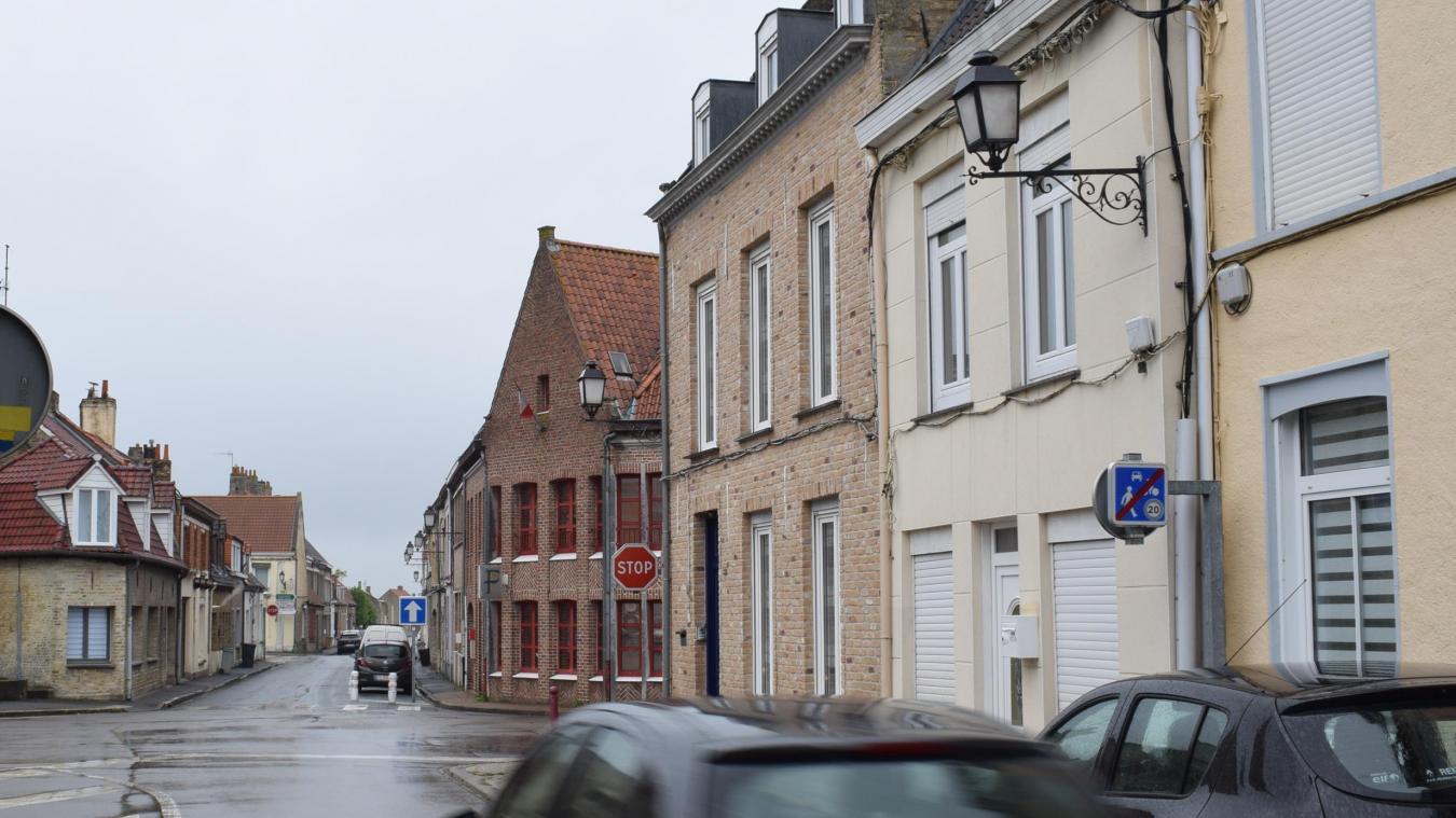 Comme la rue de l'Yser, la rue des Pénitentes (ici, notre photo) est fortement impactée par la nécessité d'une rénovation de l'éclairage public.