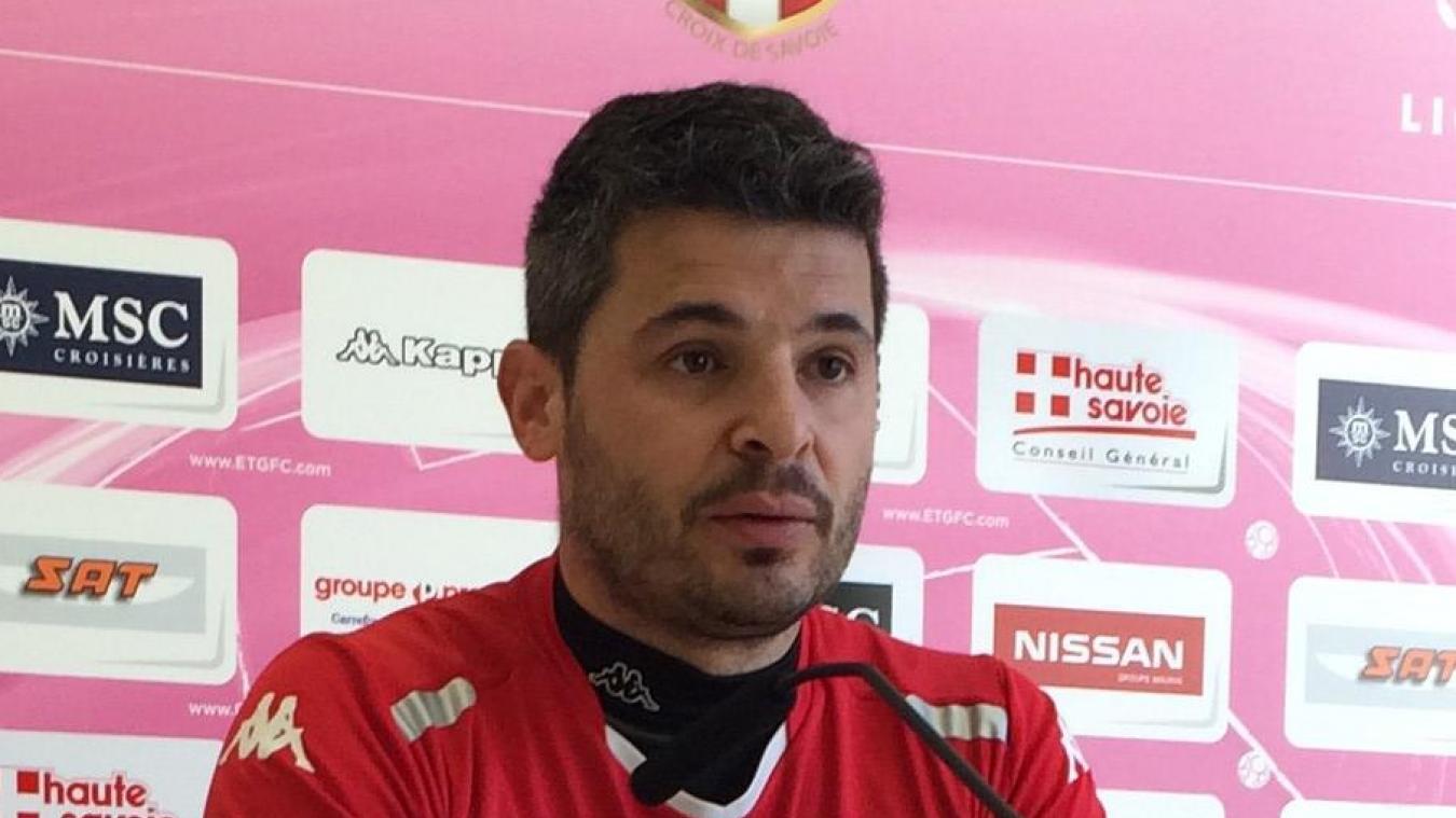 Romain Revelli, ancien entraîneur d'Évian, vient d'être nommé coach de l'USLD.
