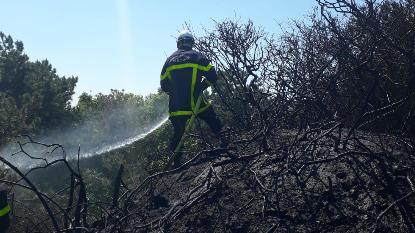 Un incendie de 500m² se déclare derrière le cimetière de Blériot