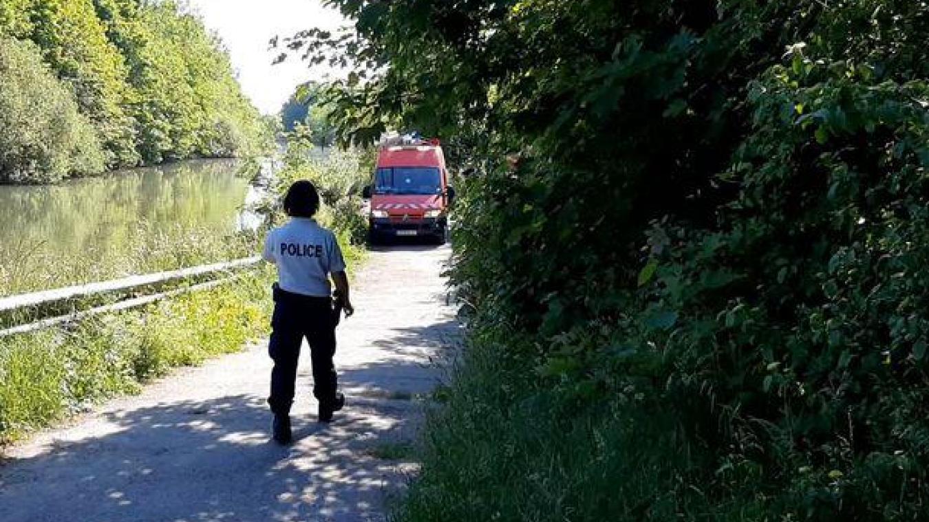 Le corps d'une femme a été retrouvé cette après-midi dans le canal d'aire.