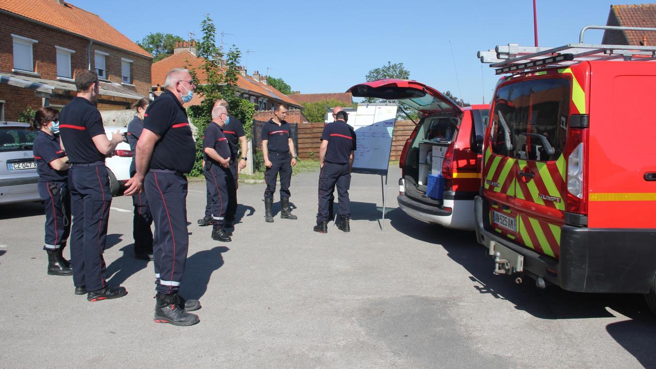 Les pompiers mobilisés sur plusieurs feux de broussailles entre Noordpeene et Oxelaëre