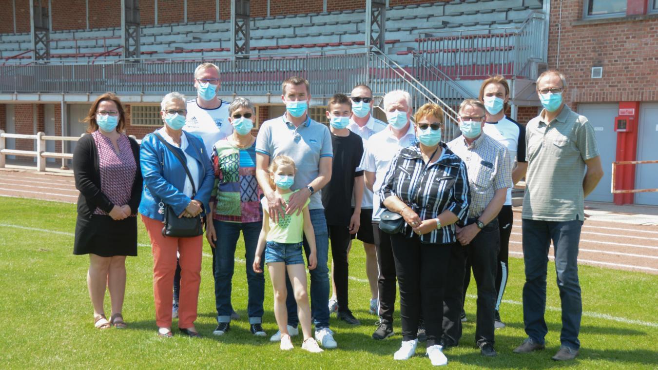 Les membres de l'Étoile Sportive District Isbergues se sont mobilisés pour l'Action Sociale d'Urgence.