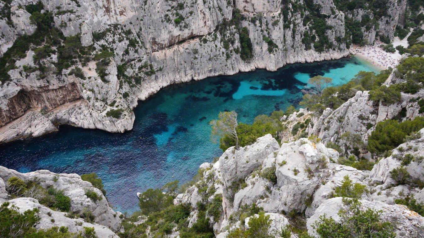 Les plages, parcs, jardins, plans d'eau et espaces naturels comme les massifs forestiers sont concernés par cet assouplissement dans les Bouches-du-Rhône