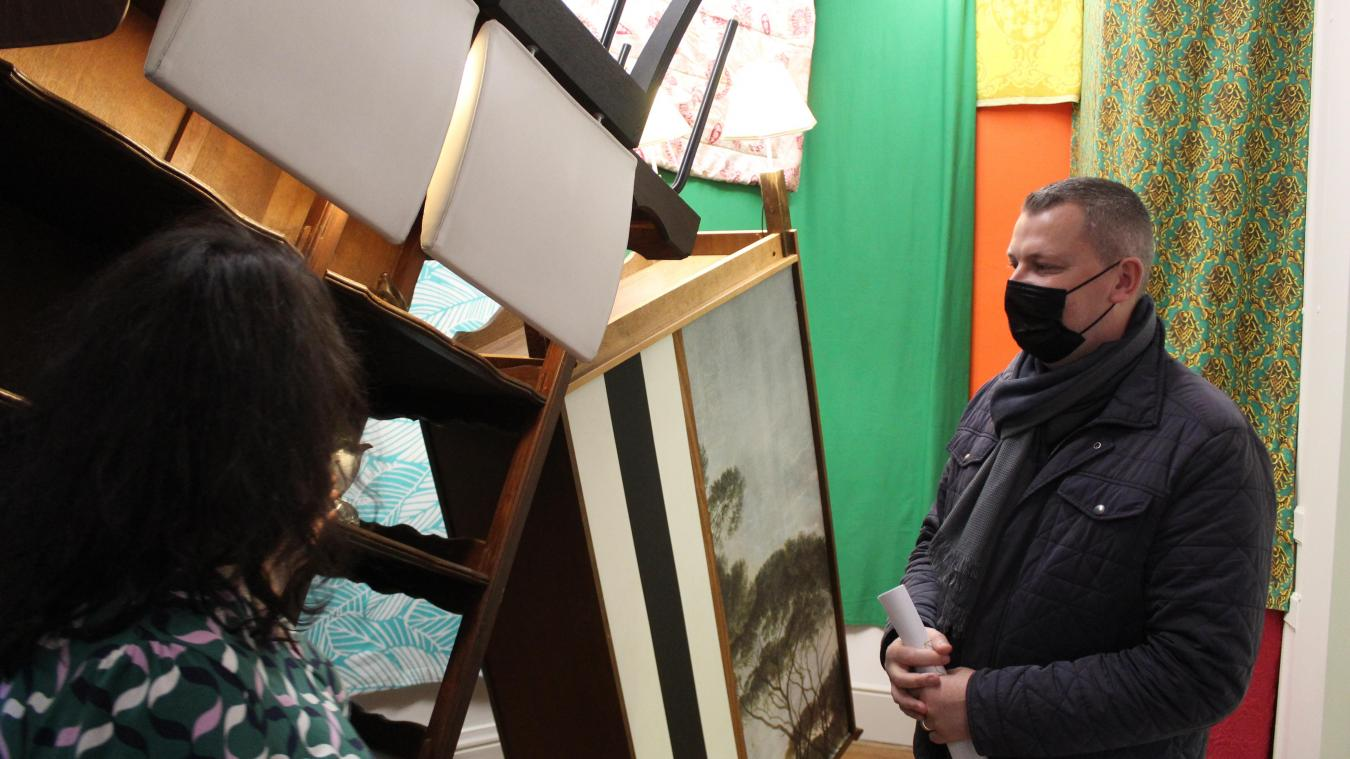 La directrice de Labanque et Julien Dagbert, vice président en charge de la culture et de l'éducation populaire de l'Agglomération, ont inauguré les deux expositions hautes en couleur.