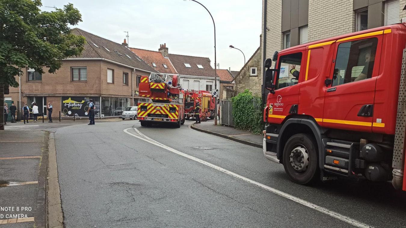 Trois casernes de pompiers étaient mobilisées.