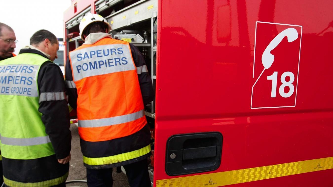 Les pompiers de Dunkerque et de Fort-Mardyck ont fait appel au Grimp pour leur intervention en fond de cale. ©illustration