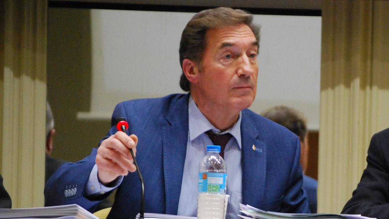 Maire pendant six ans, Bernard Debaecker est désormais élu d'opposition. Son groupe compte quatre élus. (Photo d'archives)