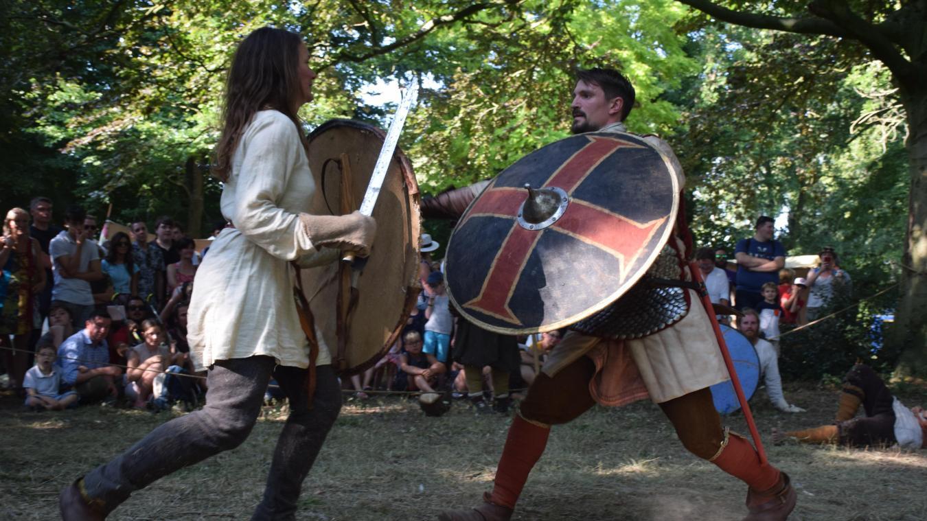 Les célèbres combats de la Zannekinfeest... (photo Nicolas M)
