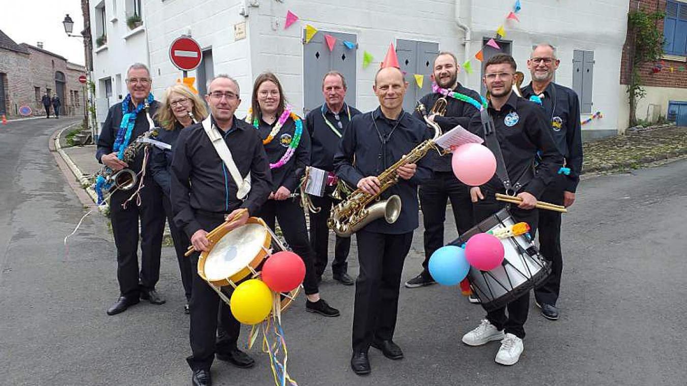 Sept musiciens de Bollezeele et deux musiciens de Dunkerque apparaîtront dans  Endless Night .