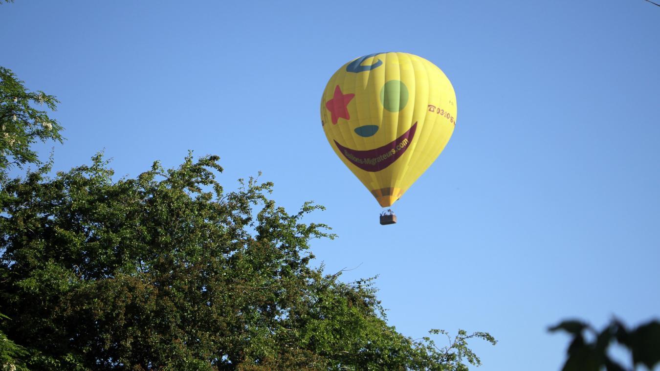 Une montgolfière a été vue dans le cile à hauteur de La Croix du Bac, dimanche 6 juin.