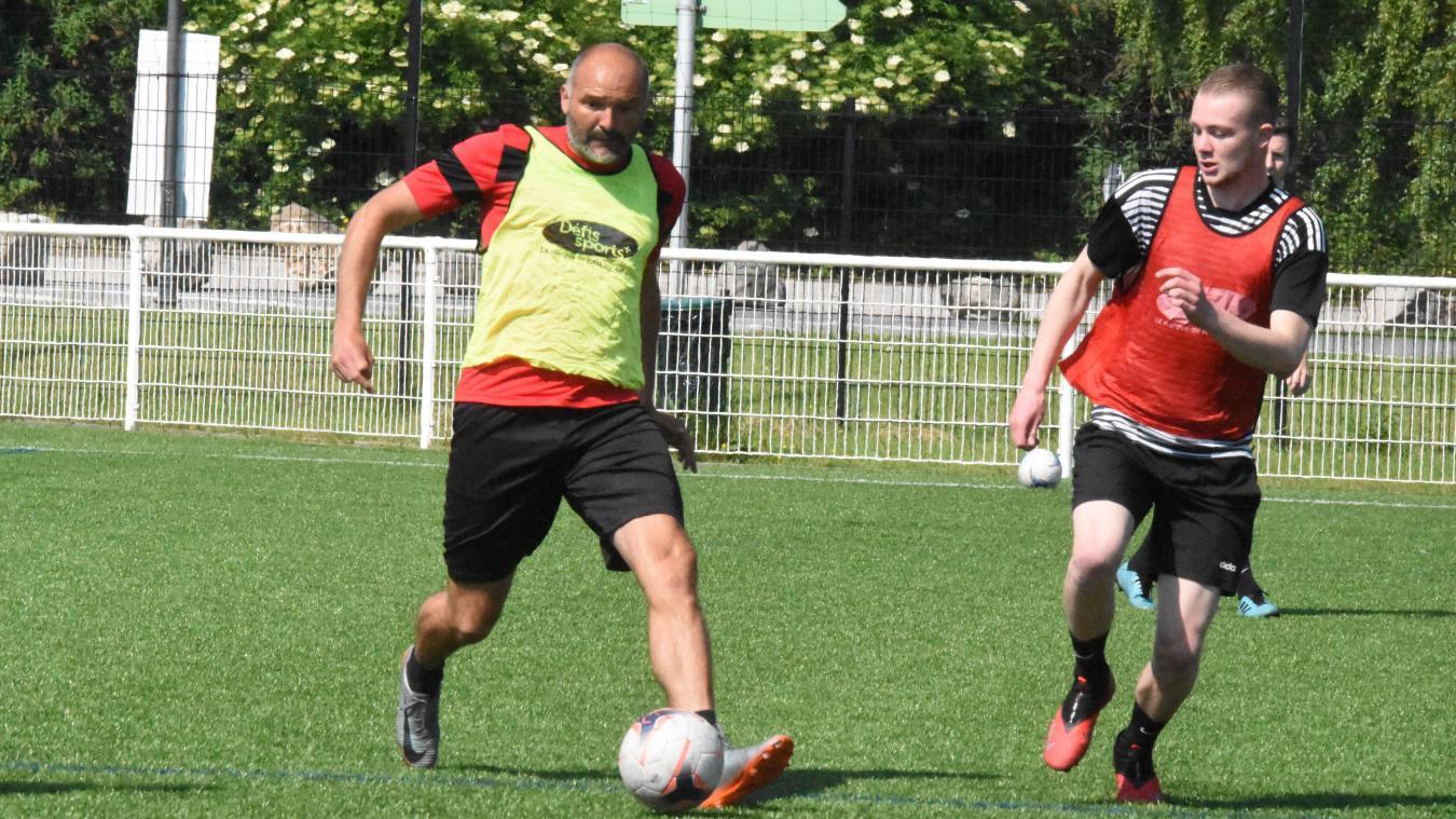 Rudy Demeester et le RC Bergues se préparent à la première Superleague des Flandres, avec l'envie d'éviter la symbolique cuillère de bois.