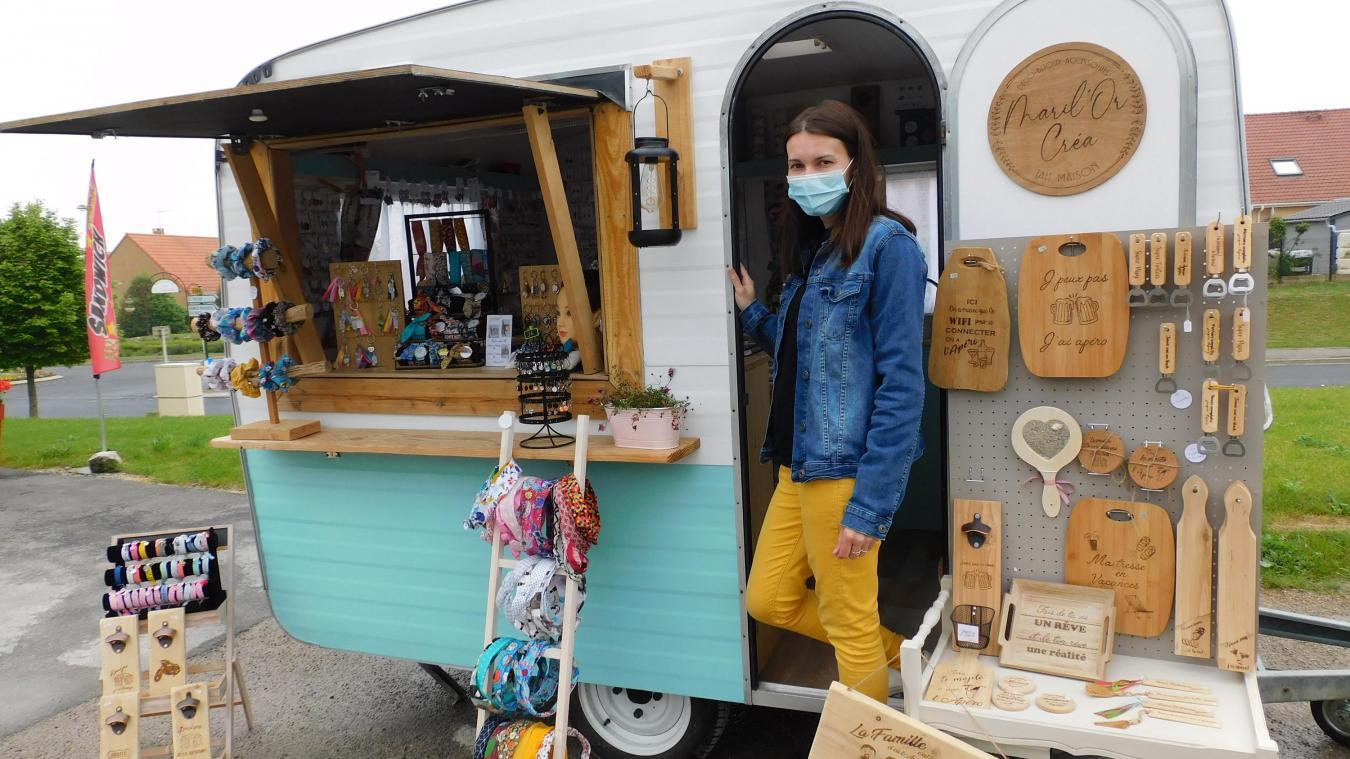 Marie-Laure Simplot a fait d'une caravane sa petite boutique.