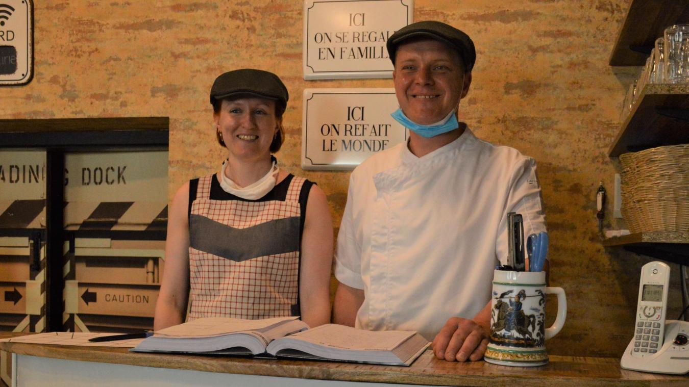 Mélanie Bacué et Alexandre Desgardins, les gérants du Café de la mairie.