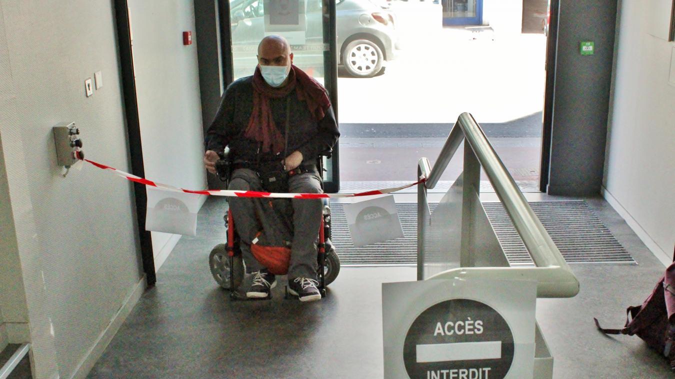 Calais : à cause de leur handicap, ils ne peuvent pas être soignés