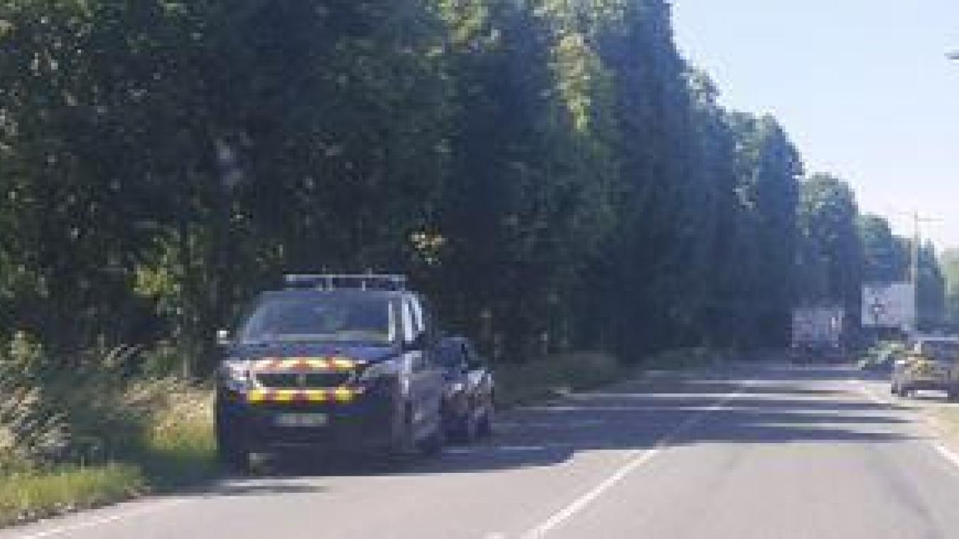 Le drame s'est produit sur la départementale 43, à la sortie d'Aire-sur-la-Lys en direction de Lambres.