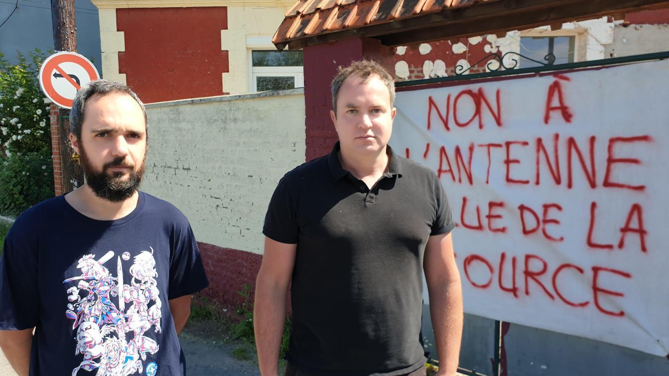 Pierre et Antoine souhaiteraient une implantation plus éloignée des habitations.
