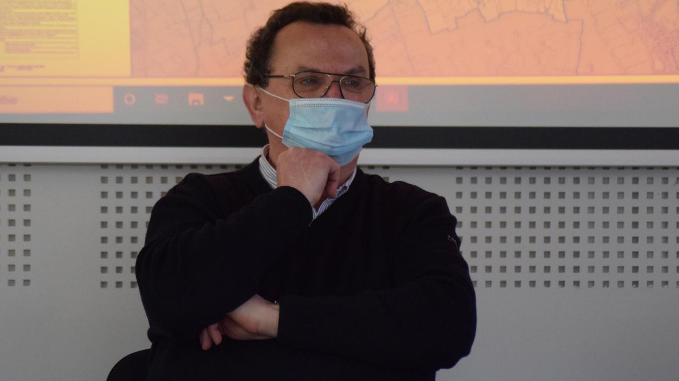 Le maire, Jean-Claude Dekeister, précisait ce soir de conseil que le projet n'en était qu'à la simple réflexion.