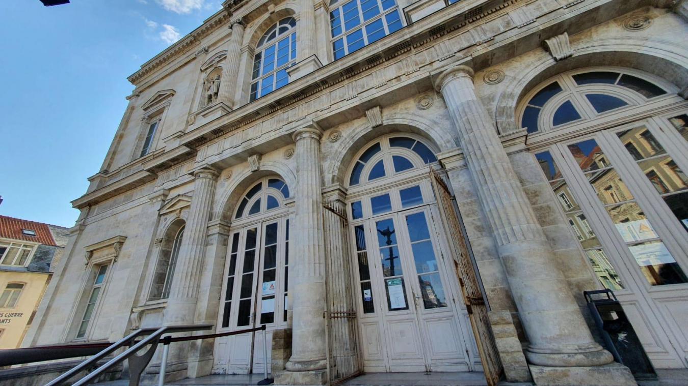 Le prévenu a été condamné à dix mois de prison ferme par le tribunal de Boulogne-sur-Mer.