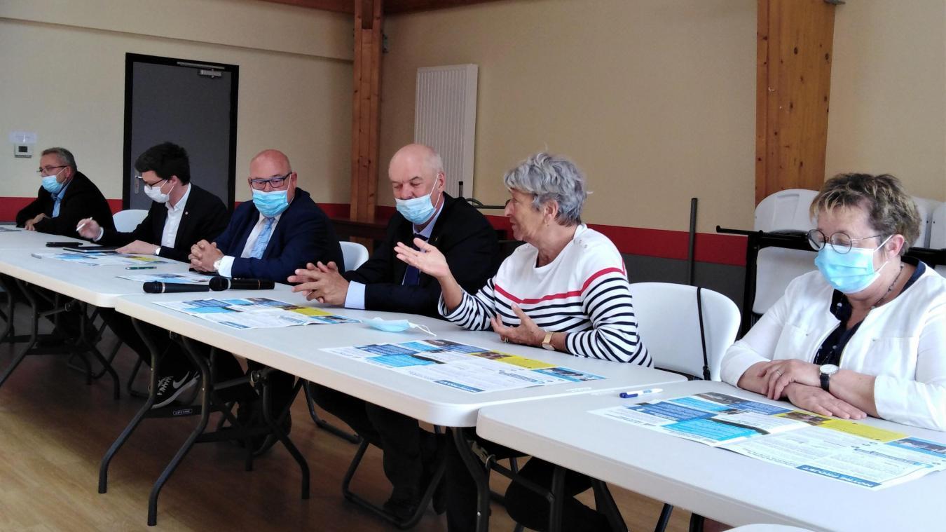 Le quatuor de candidats Frédéric Melchior, Nicole Chevalier, Pierre-Henri Dumont et Béatrice Boulanger.