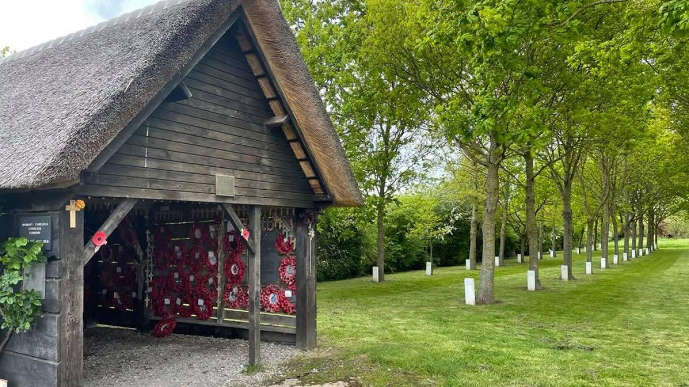 Près de 80 soldats britanniques ont été assassinés dans la grange de la Plaine au bois.