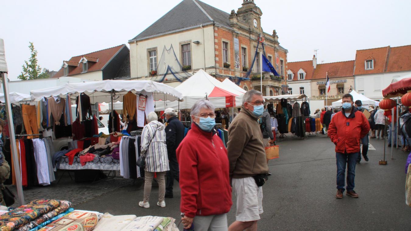 Depuis quelques semaines, le marché d'Étaples-sur-Mer a retrouvé son visage habituel.