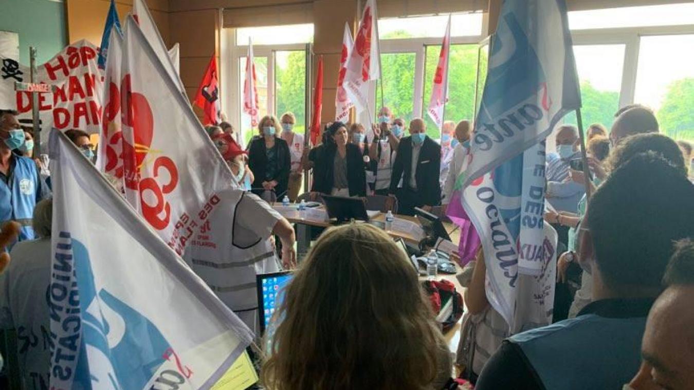 Une nouvelle mobilisation s'est déroulée ce vendredi 18 juin à Bailleul avant le conseil de surveillance de l'EPSM des Flandres.