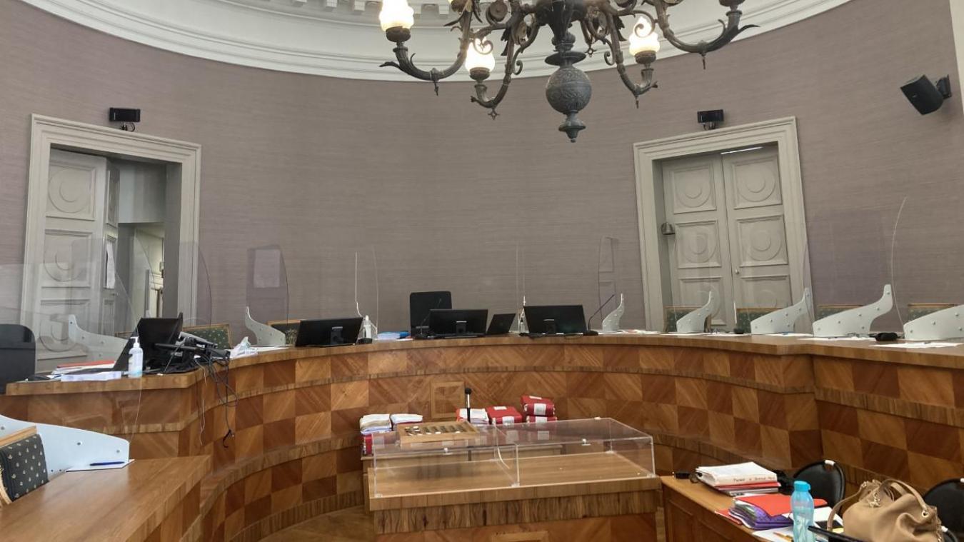 Le deuxième jour du procès de Rudy Goudalle a permis de prendre conscience de l'ampleur du dossier.
