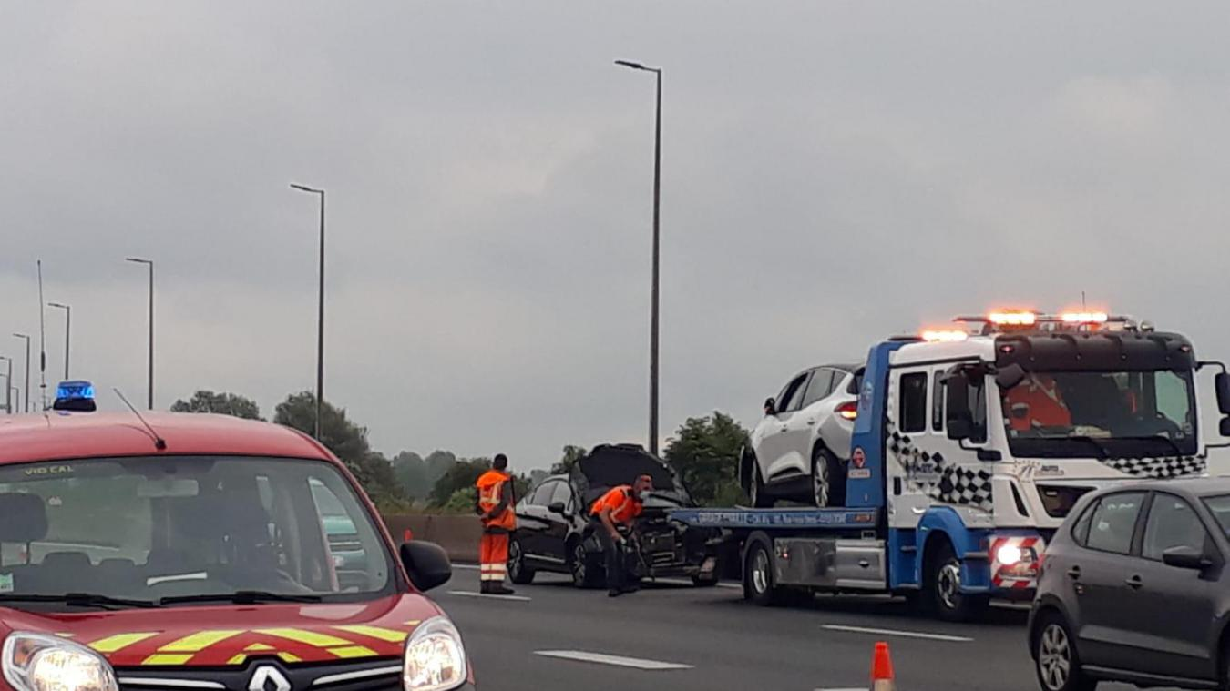 A16: circulation perturbée à cause d'un accident à hauteur de la sortie du Tunnel (vidéo)