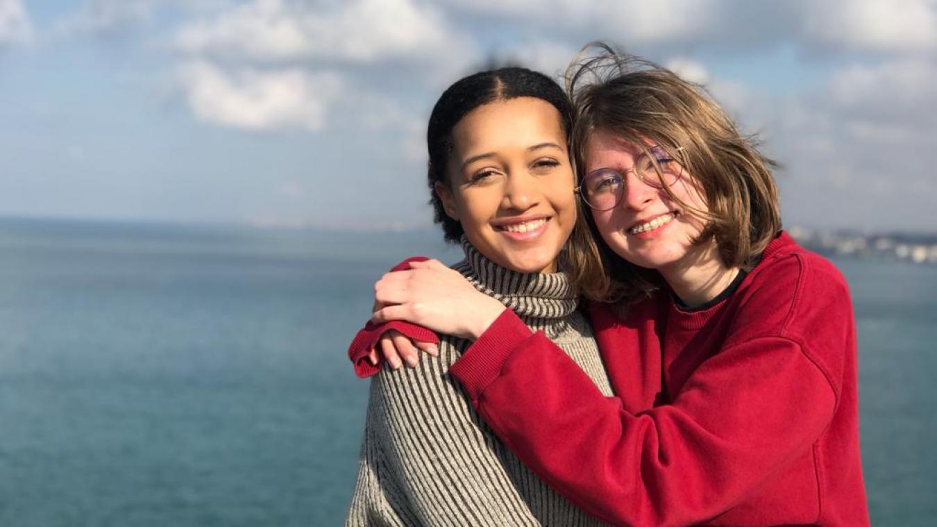 Le duo a été labellisé  Young Ocean Advocate  (jeunes ambassadrices pour l'Océan) par la Commission européenne.