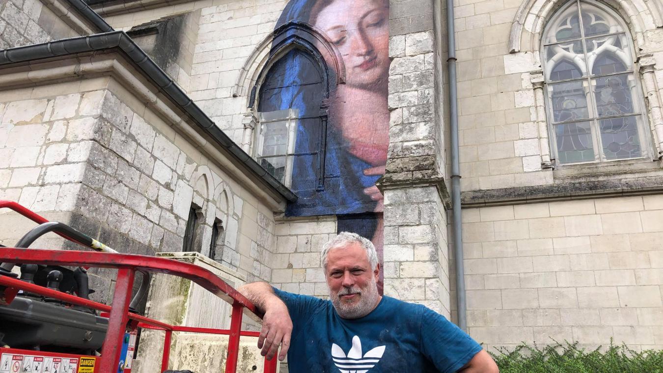 Auchel : pourquoi donc une vierge est-elle installée sur l'église ?