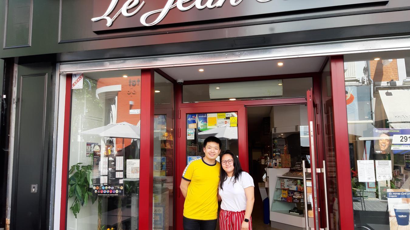 Jacques Wu et sa petite-amie Suzanne Cai sont ravis de pouvoir accueillir du monde.