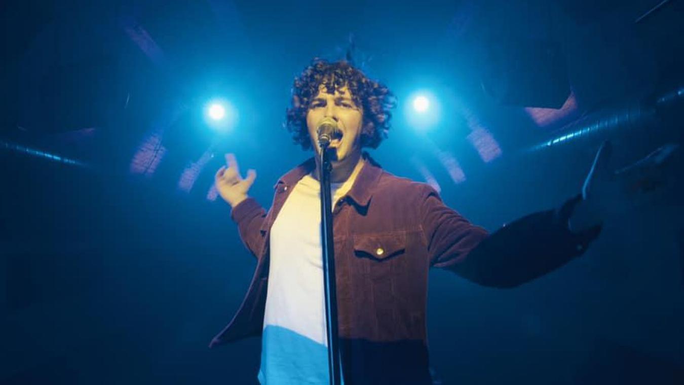 Originaire de Blériot-Plage, Adrien Marquant, qui participe cette année au concours de Nord Littoral avec son groupe Freak Monkeys, s'est déjà présenté aux sélections de The Voice.