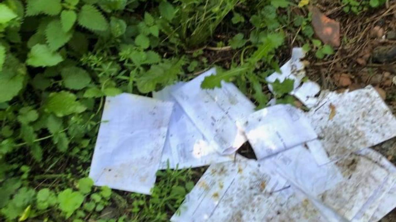 Les plis ont été retrouvés sur un sentier de randonnée à Auchel.