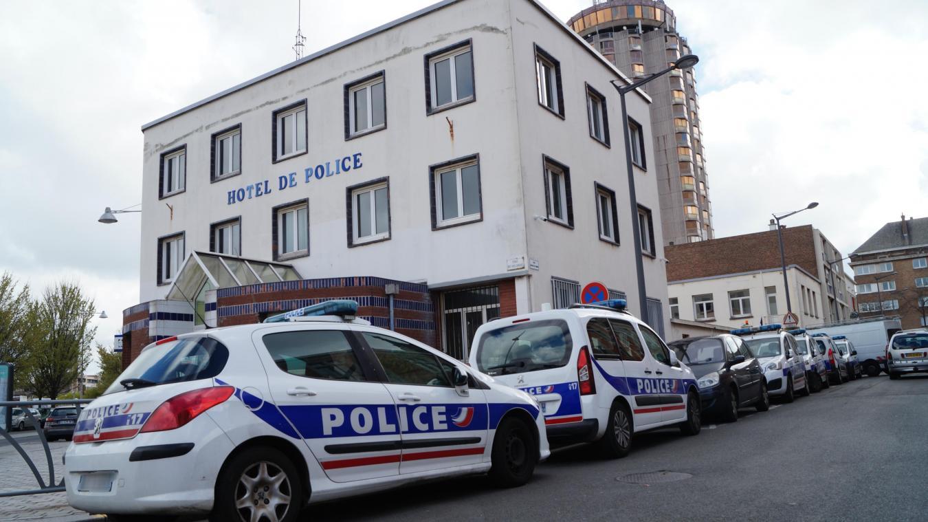Fonctionnaire au commissariat de Dunkerque, le prévenu enchaînait les relations sexuelles. Mais trois d'entre elles le poursuivent aujourd'hui.