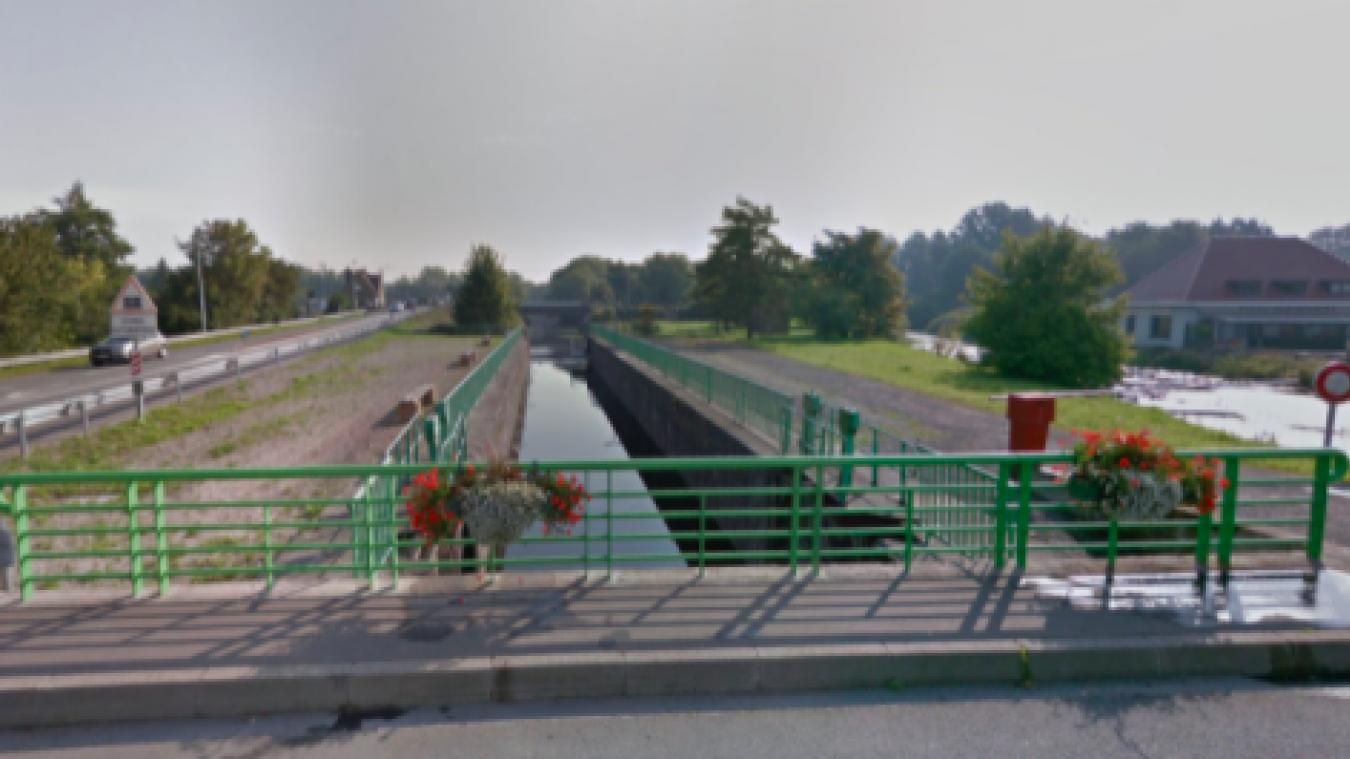 Des travaux de remplacement du clapet de l'écluse de Bierne sont prévus prochainement. (photo Ville de Bierne)