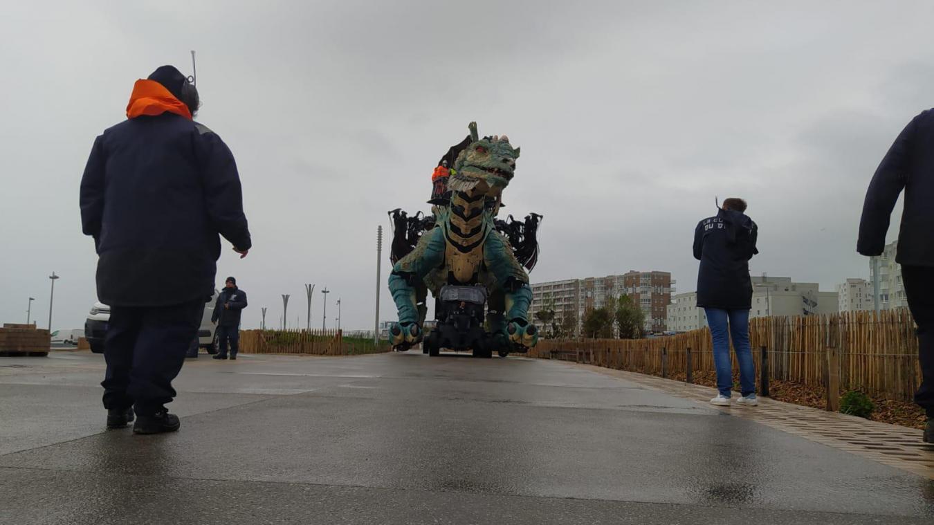 La voie est libre pour le Dragon de Calais, qui se prépare déjà pour le 14 juillet...