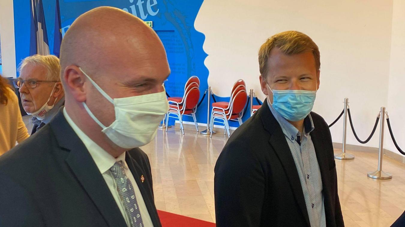 Julien Gokel (à gauche) refuse l'invitation de Paul-Loup Tronquoy (à droite) d'un débat d'entre-deux tours pour les élections départementales dont le second tour a lieu ce dimanche 27 juin.