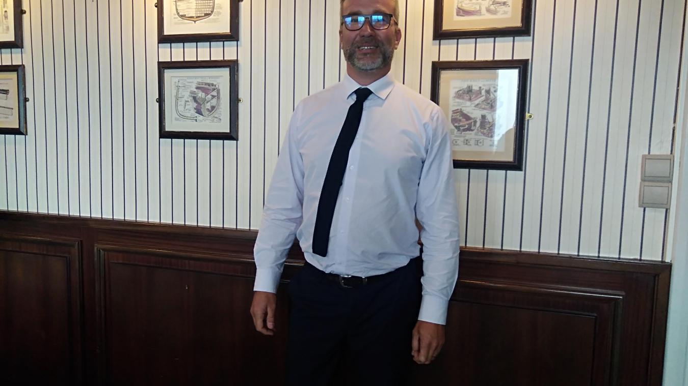 Sébastien Douvry à 46 ans. Il a longtemps travaillé pour la compagnie danoise DFDS avant de rejoindre la border force.
