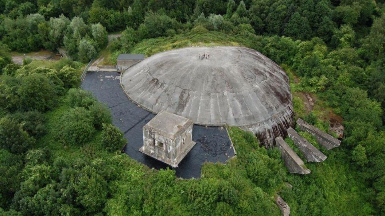 L'eau a touché le planétarium.
