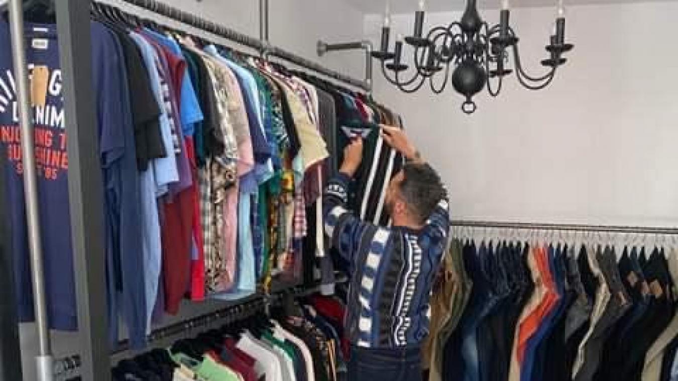 Le chineur propose aux Dunkerquois des vêtements et accessoires de seconde main, vintages et contemporains.
