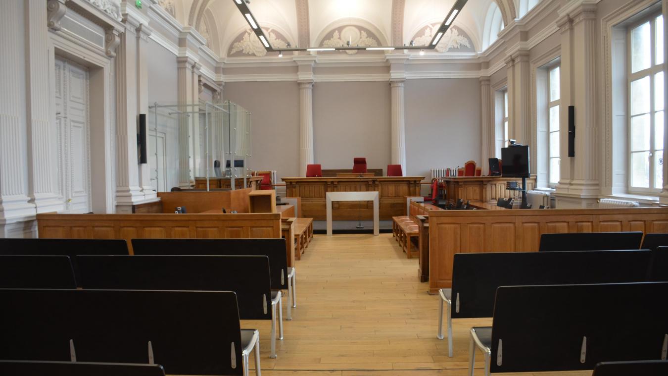 Les deux prévenus ont été condamnés à indemniser la victime.