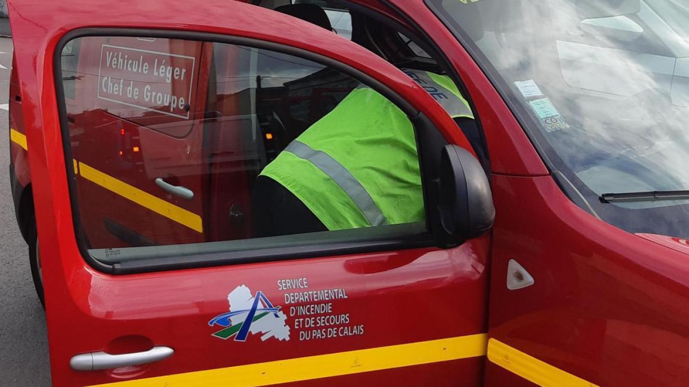 Six personnes ont été concernées par l'accident, qui a impliqué trois véhicules légers.