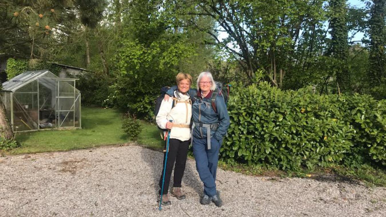 Marja et Adja ont parcouru plus de 350 kilomètres à pied en deux semaines.